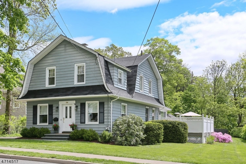 Single Family Home for Sale at 58 Vreeland Avenue Midland Park, New Jersey 07432 United States