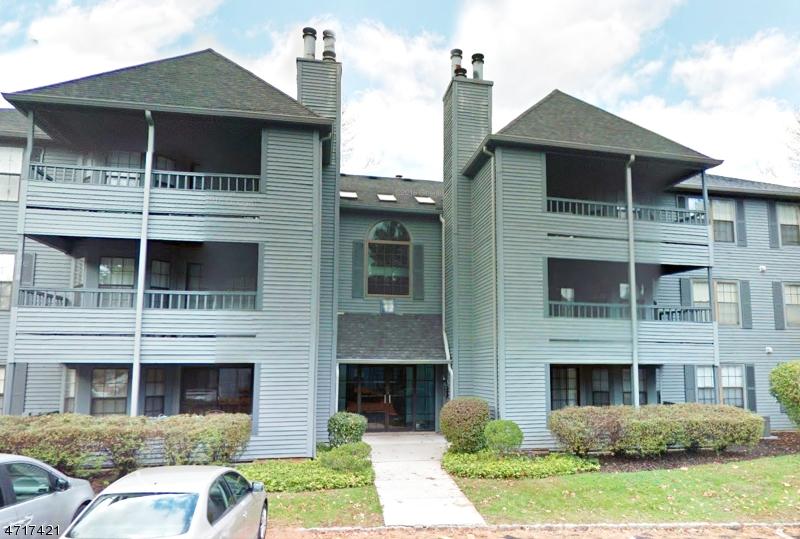独户住宅 为 出租 在 1202 Woodhaven Drive 爱迪生, 新泽西州 08817 美国