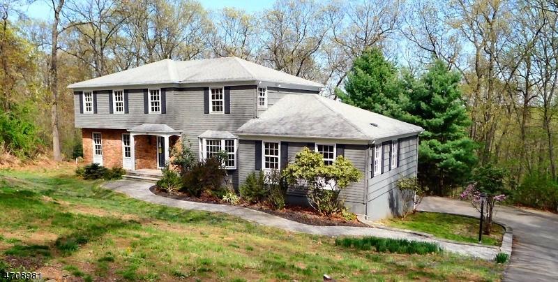 独户住宅 为 销售 在 409 Dervin Lane Glen Gardner, 08826 美国