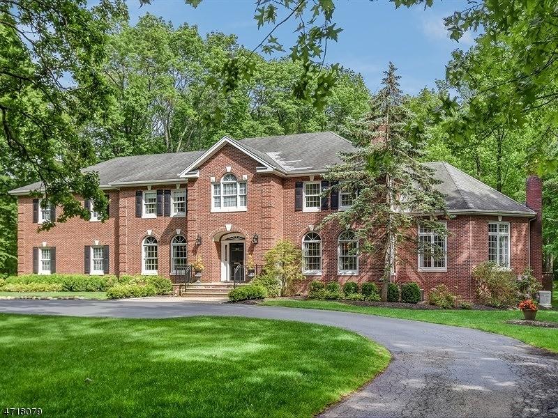 独户住宅 为 销售 在 155 Devon Road Essex Fells, 07021 美国