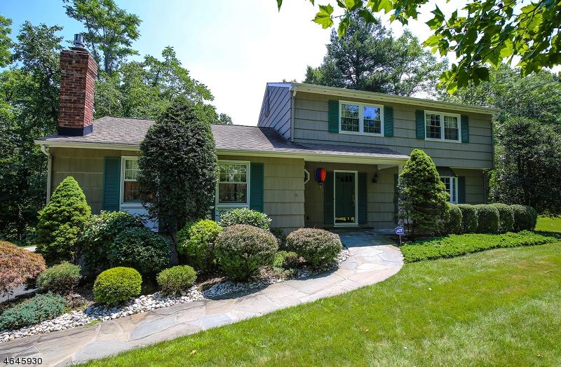 Maison unifamiliale pour l à louer à 44 Dorothy Drive Morristown, New Jersey 07960 États-Unis