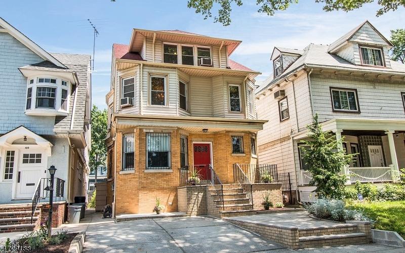 Многосемейный дом для того Продажа на 98 Bentley Avenue Jersey City, Нью-Джерси 07304 Соединенные Штаты