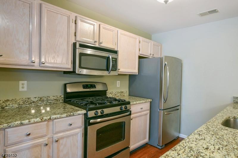 独户住宅 为 出租 在 39 Springbrook Rd E Montville, 新泽西州 07045 美国