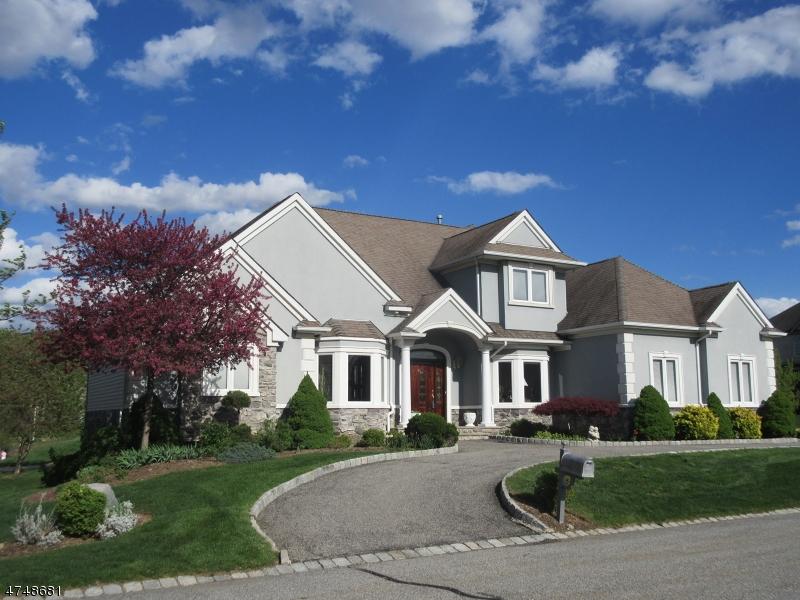 Casa Unifamiliar por un Venta en 2 Little Tarn Court Hardyston, Nueva Jersey 07419 Estados Unidos