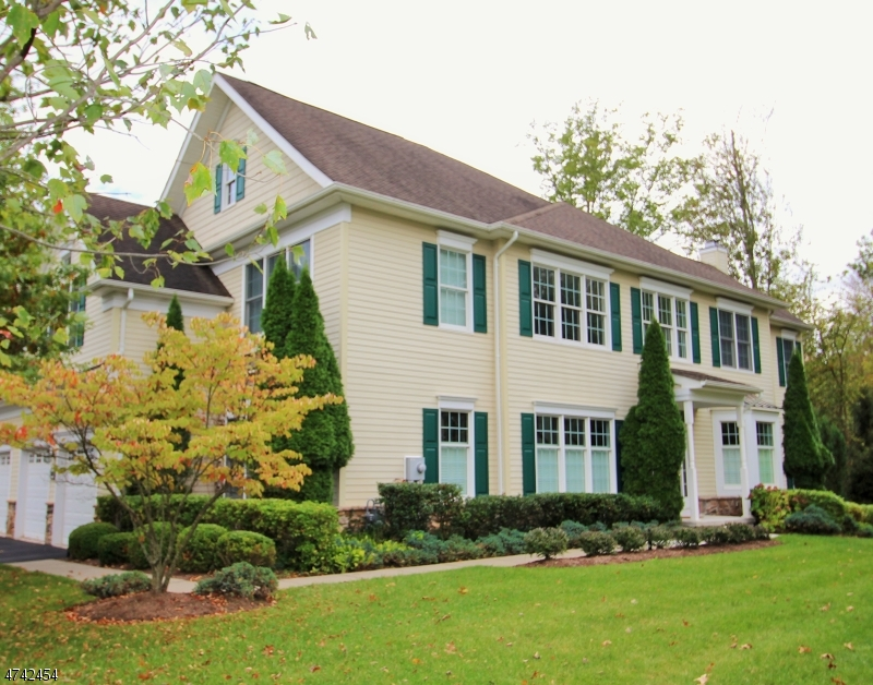 Single Family Home for Sale at 2104 Farley Road 2104 Farley Road Tewksbury Township, New Jersey 08889 United States
