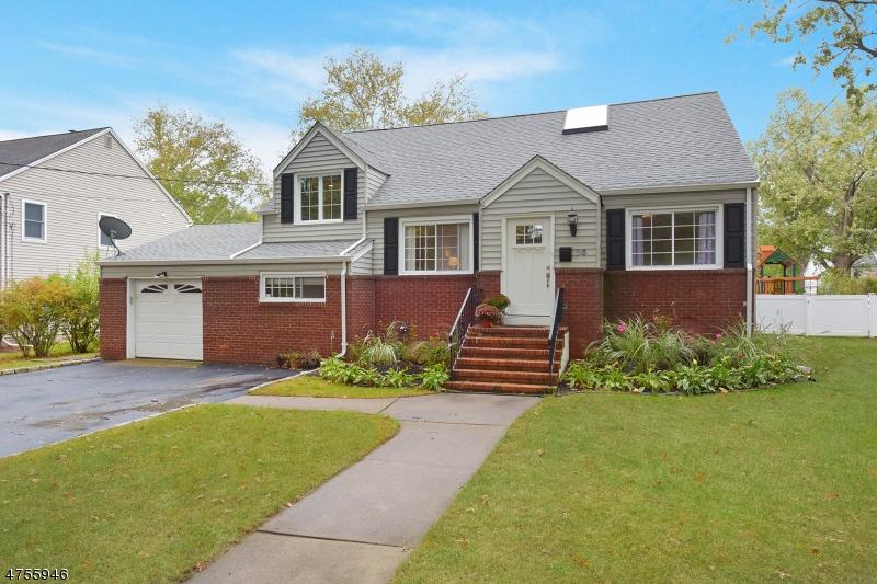 Casa Unifamiliar por un Venta en 36 Monmouth Road Glen Rock, Nueva Jersey 07452 Estados Unidos