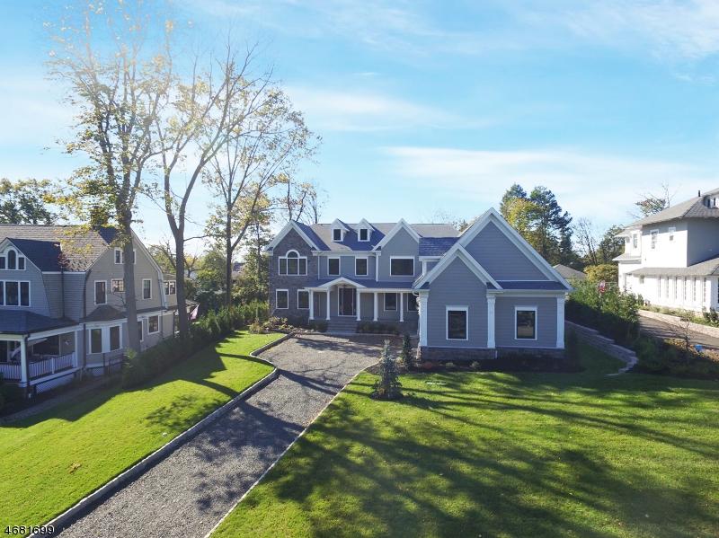 独户住宅 为 销售 在 16 Stanley Oval 韦斯特菲尔德, 新泽西州 07090 美国