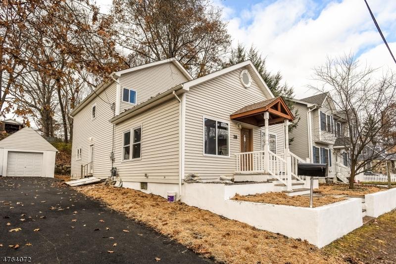Casa para uma família para Venda às 28 Decker Avenue 28 Decker Avenue Butler, Nova Jersey 07405 Estados Unidos