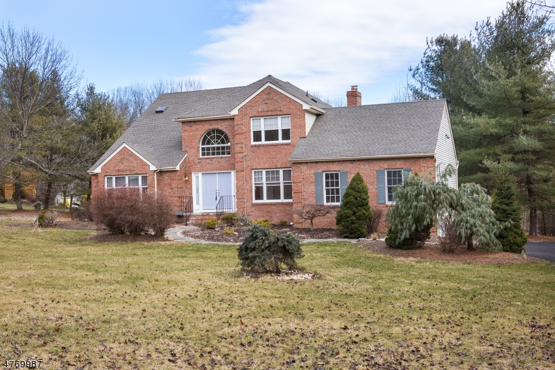 Single Family Home for Sale at 354 Naughright Road Washington, New Jersey 07853 United States