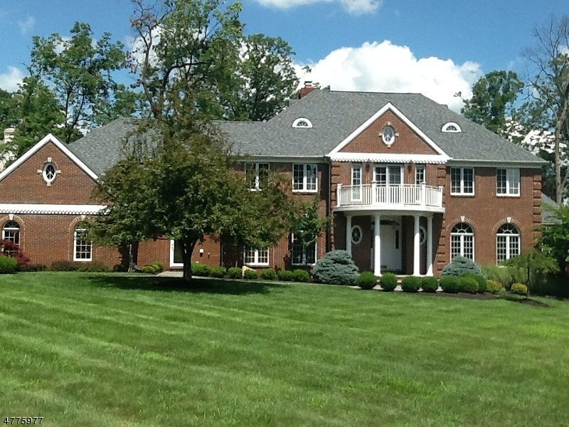 Maison unifamiliale pour l à louer à 16 Quail Run Warren, New Jersey 07059 États-Unis