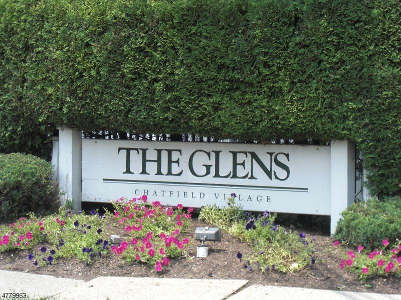 Casa Unifamiliar por un Alquiler en 121 Chatfield Drive Pequannock, Nueva Jersey 07444 Estados Unidos