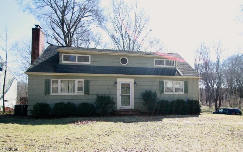 Maison unifamiliale pour l à louer à 755 River Road Chatham, New Jersey 07928 États-Unis