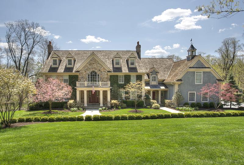 Частный односемейный дом для того Продажа на 330 Mount Harmony Road Bernardsville, Нью-Джерси 07924 Соединенные Штаты