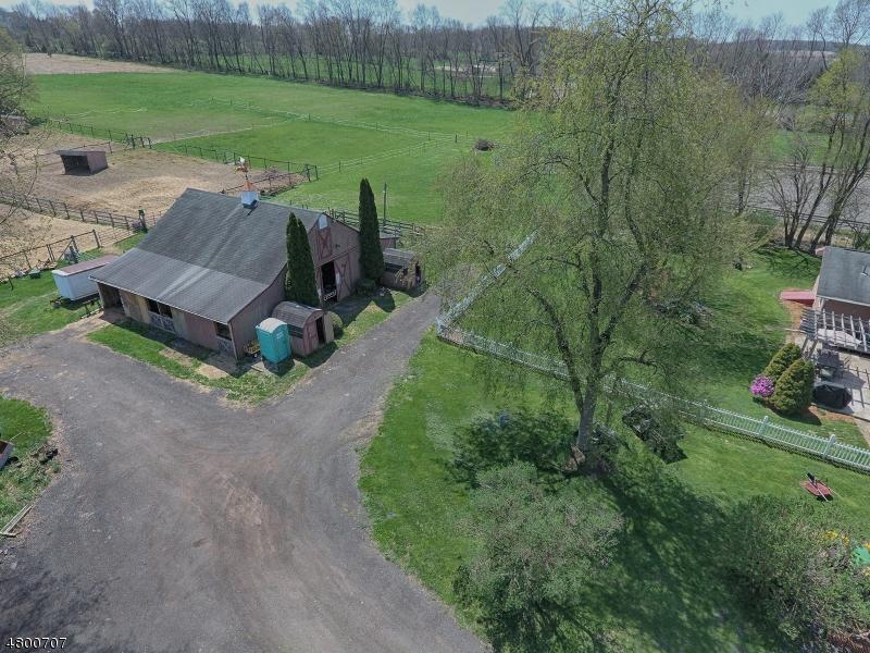 Casa Unifamiliar por un Venta en 160 Warbasse Junction Road Andover, Nueva Jersey 07821 Estados Unidos