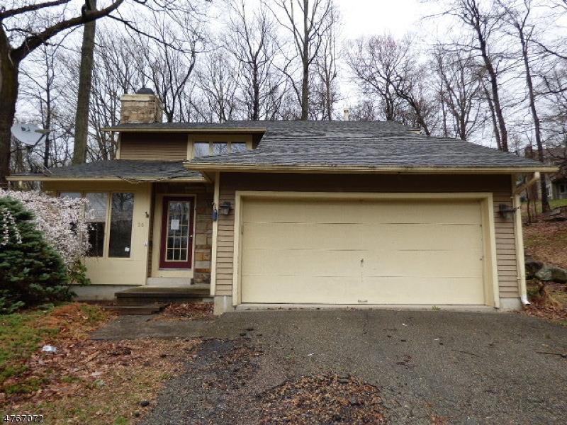 Maison unifamiliale pour l Vente à 36 Sandpiper Drive Allamuchy, New Jersey 07840 États-Unis