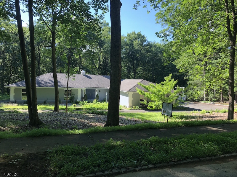 Single Family Home for Sale at 5 Arden Road Denville, New Jersey 07834 United States