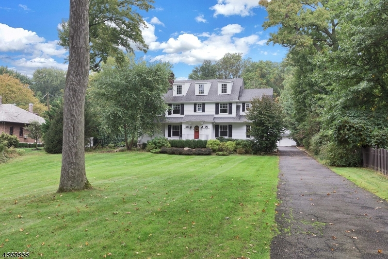 Single Family Home for Sale at 112 BRIGHTWOOD AVE 112 BRIGHTWOOD AVE Westfield, New Jersey 07090 United States