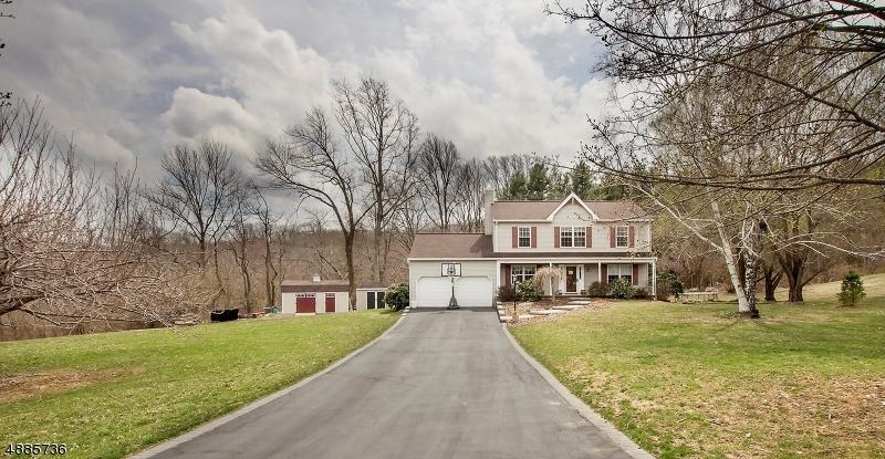 Частный односемейный дом для того Продажа на 7 DEERPATH Court White Township, Нью-Джерси 07863 Соединенные Штаты