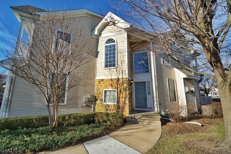 Condominio/ Casa de pueblo por un Venta en South Amboy, Nueva Jersey 08879 Estados Unidos