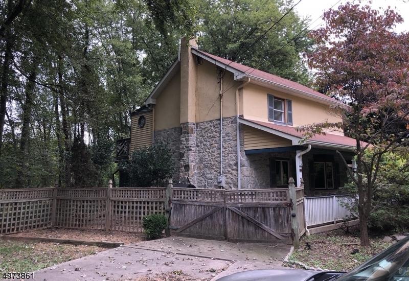 Single Family Homes 为 销售 在 Greenwich, 新泽西州 08886 美国