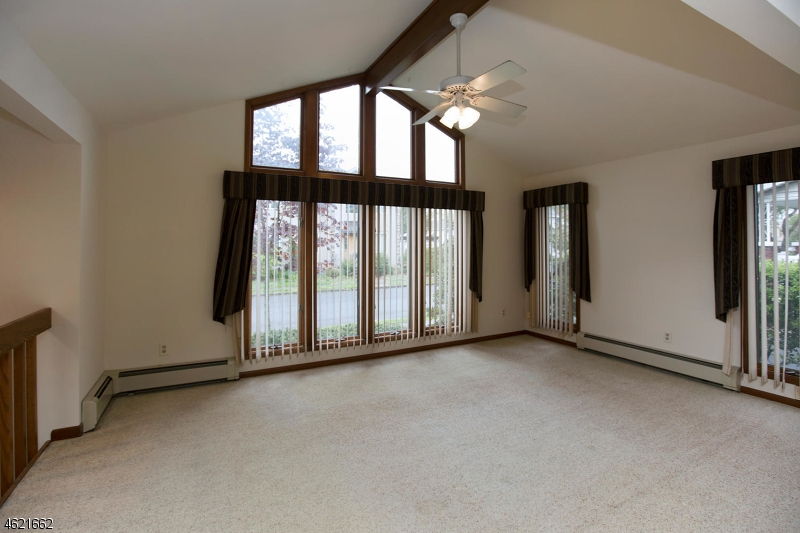 Additional photo for property listing at -89 WHITEHALL ST 1X  Fair Lawn, Нью-Джерси 07410 Соединенные Штаты
