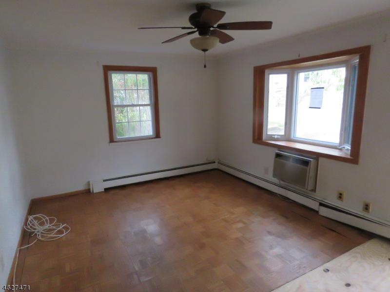 Additional photo for property listing at 38 Valley View Road  Rockaway, Nueva Jersey 07866 Estados Unidos