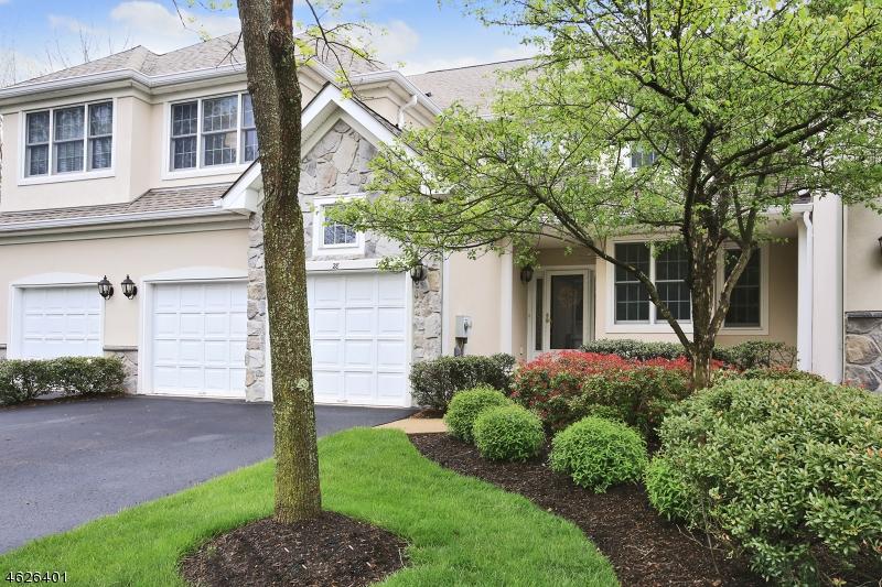 Maison unifamiliale pour l Vente à 28 Benedict Crescent Basking Ridge, New Jersey 07920 États-Unis