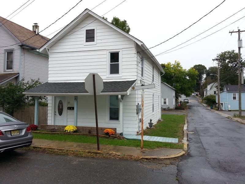 Single Family Home for Rent at 23 S Jackson Avenue Washington, 07882 United States
