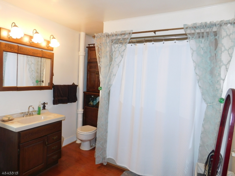 Additional photo for property listing at 8 SANITORIUM Road  Glen Gardner, Nueva Jersey 08826 Estados Unidos