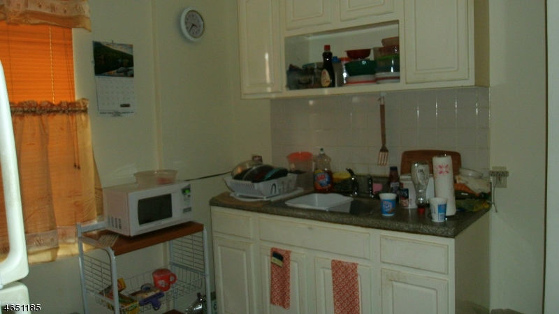 Additional photo for property listing at 278 Clinton Place  Newark, Нью-Джерси 07112 Соединенные Штаты