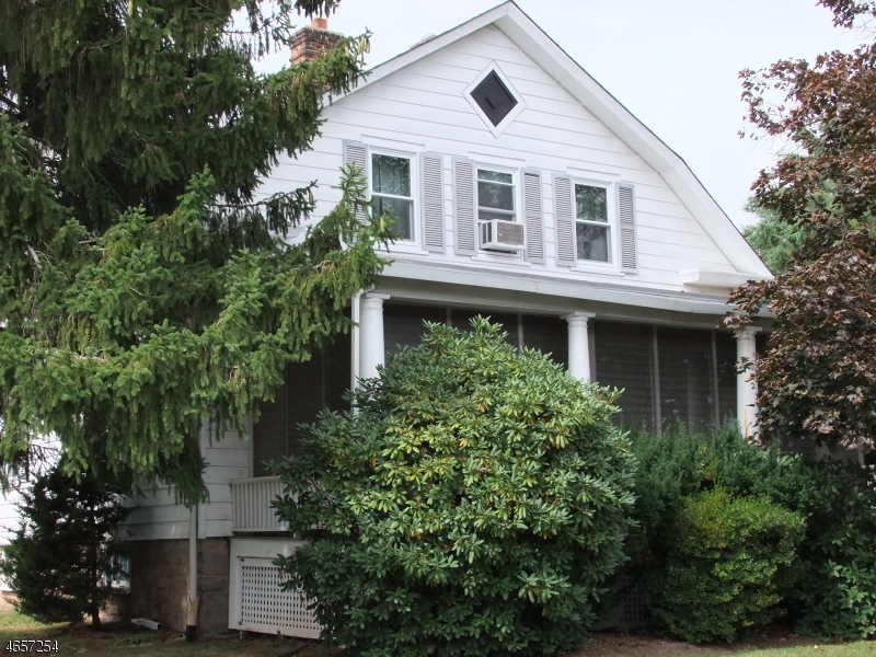 Additional photo for property listing at 235 S Main Street  Flemington, New Jersey 08822 United States