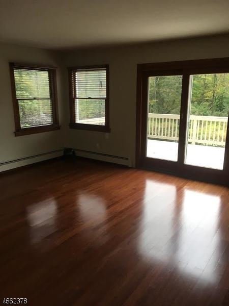 Additional photo for property listing at 8 OXFORD Road  Wharton, New Jersey 07885 États-Unis