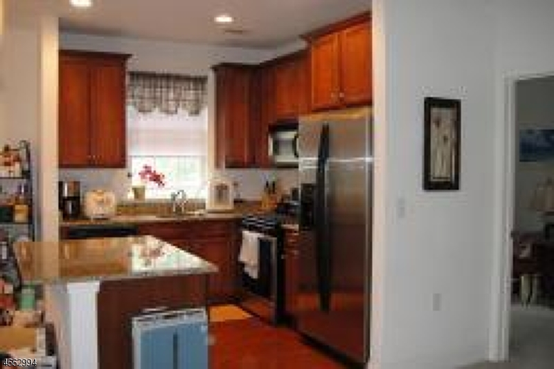 Additional photo for property listing at 1418 Wharton Court  Riverdale, Nueva Jersey 07457 Estados Unidos