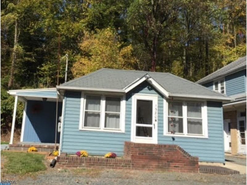 Maison unifamiliale pour l à louer à 1580 River Rd Unit B Titusville, New Jersey 08560 États-Unis