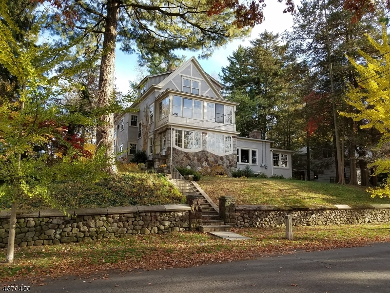 Casa Unifamiliar por un Alquiler en 26 Ridgedale Ave Unit 1 Summit, Nueva Jersey 07901 Estados Unidos