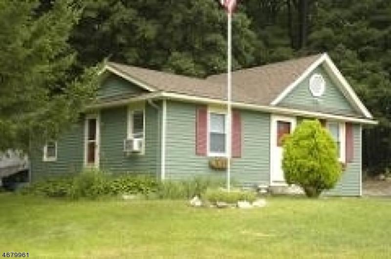 独户住宅 为 出租 在 5 Floyd Drive 阿灵顿山, 新泽西州 07856 美国