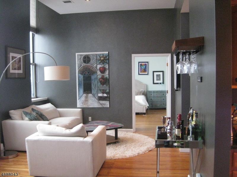 Maison unifamiliale pour l à louer à 280 Main St, UNIT 301 Little Falls, New Jersey 07424 États-Unis