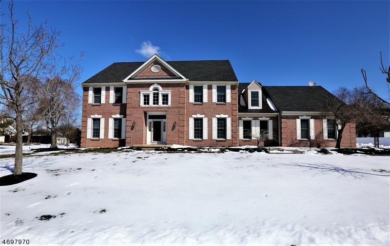 Casa Unifamiliar por un Venta en Address Not Available Plainsboro, Nueva Jersey 08512 Estados Unidos