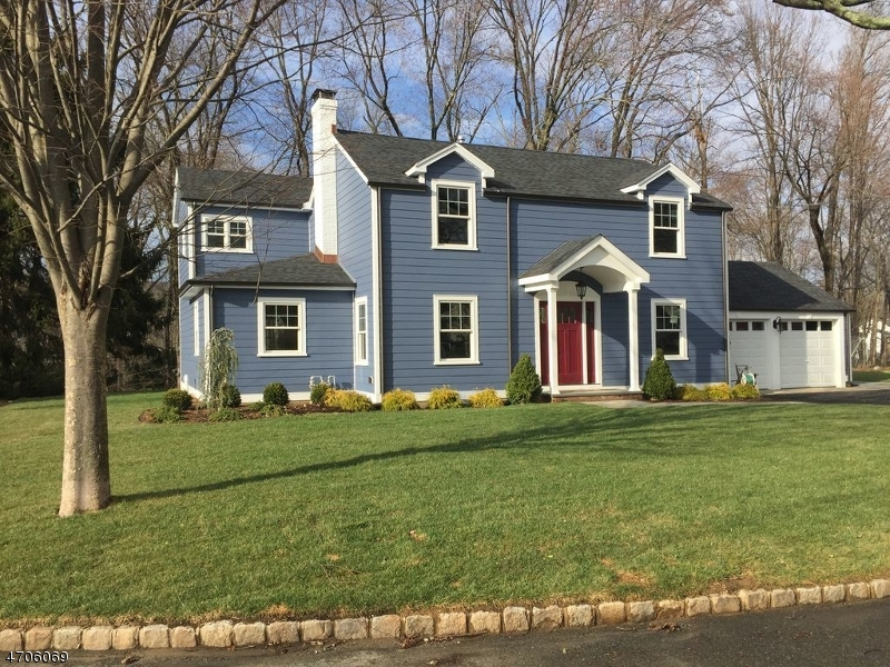 Single Family Home for Sale at 121 Glenbrook Road 121 Glenbrook Road Morris Plains, New Jersey 07950 United States