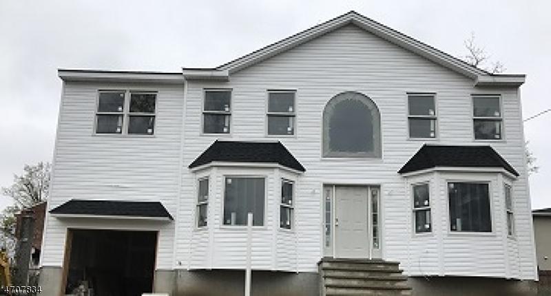 Частный односемейный дом для того Продажа на 23 Nokomis Avenue Lake Hiawatha, Нью-Джерси 07034 Соединенные Штаты
