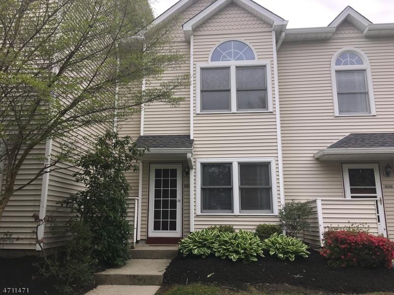 Maison unifamiliale pour l à louer à 627 Sierra Drive Hackettstown, New Jersey 07840 États-Unis