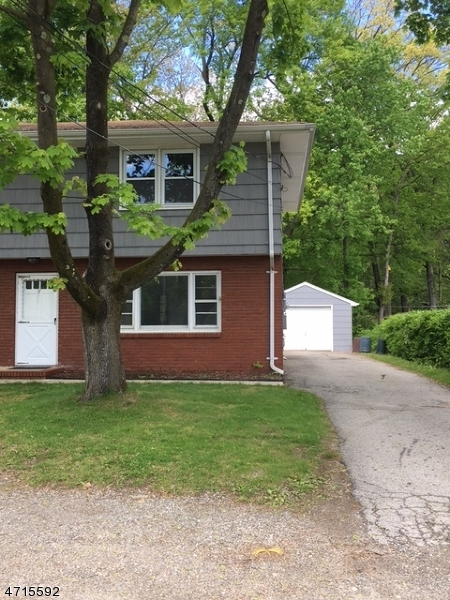 Single Family Home for Rent at 7 N MAPLE Avenue Wanaque, New Jersey 07420 United States