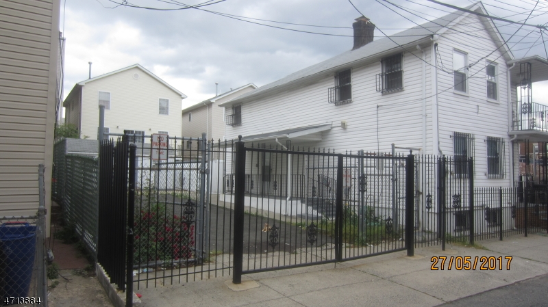 Single Family Home for Rent at Address Not Available Newark, New Jersey 07102 United States