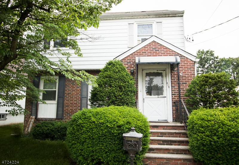 Single Family Home for Sale at 315 Bloomfield Avenue Nutley, New Jersey 07110 United States