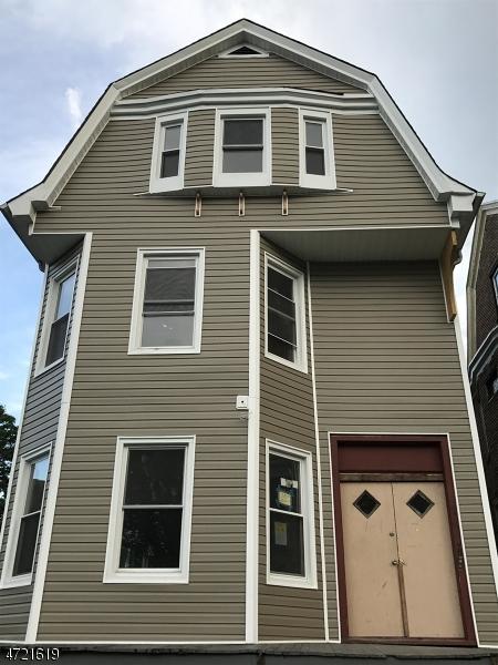 Maison unifamiliale pour l à louer à 489 Park Avenue East Orange, New Jersey 07017 États-Unis