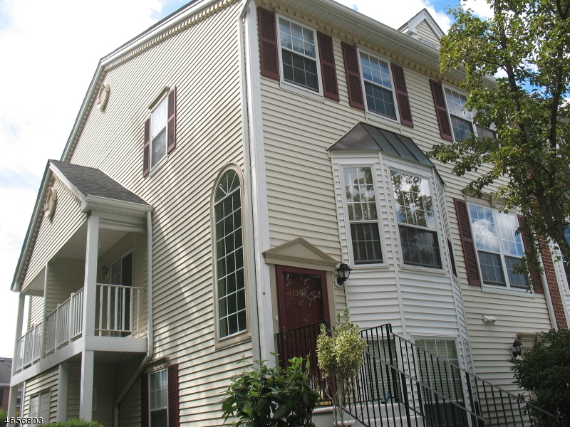 Single Family Home for Rent at 1308 Persimmon Court Mahwah, New Jersey 07430 United States