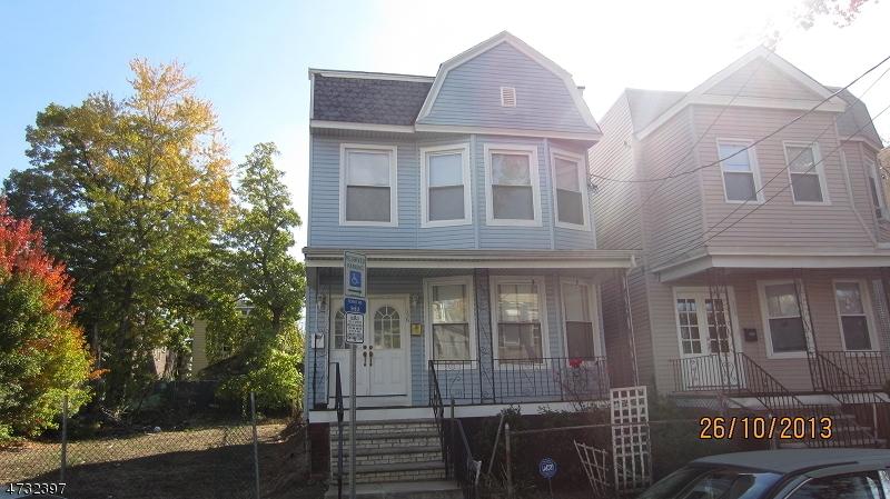 多戶家庭房屋 為 出售 在 Address Not Available Newark, 新澤西州 07112 美國