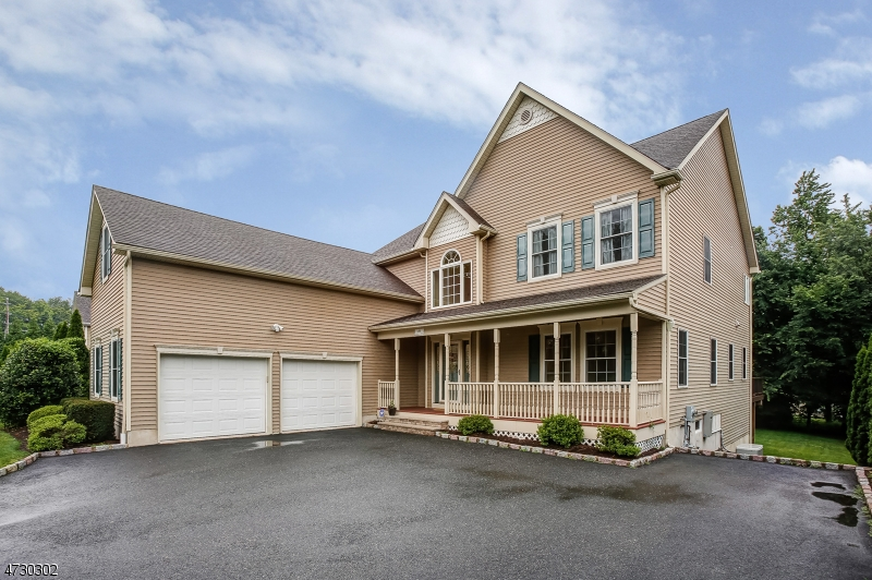 独户住宅 为 销售 在 496 Ridgedale Avenue 东汉诺威, 新泽西州 07936 美国