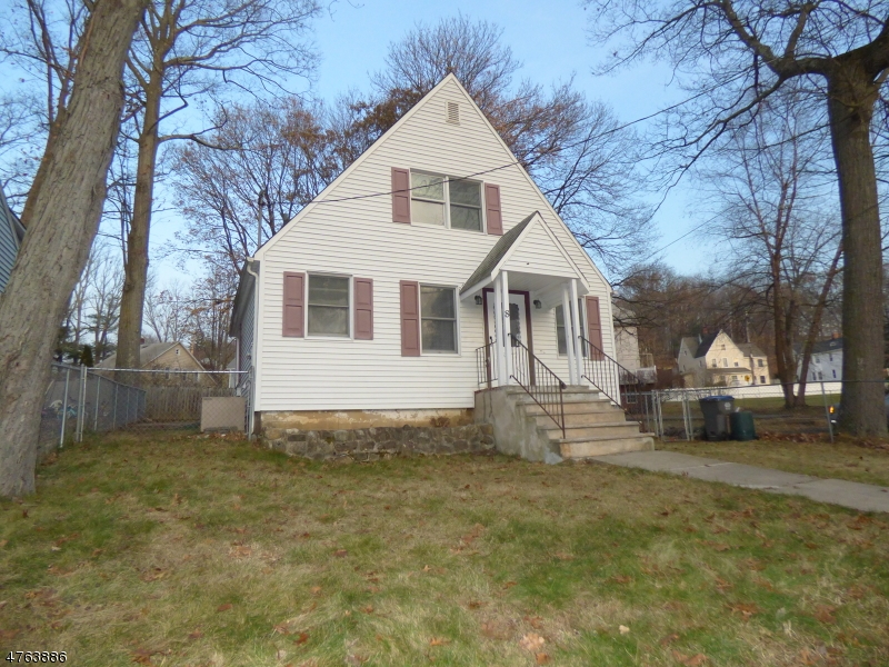 Single Family Home for Rent at 8 N Glen Avenue Mount Arlington, New Jersey 07856 United States