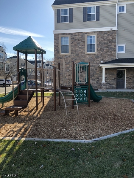 Single Family Home for Rent at 102 Welsh Place Morris Plains, New Jersey 07950 United States